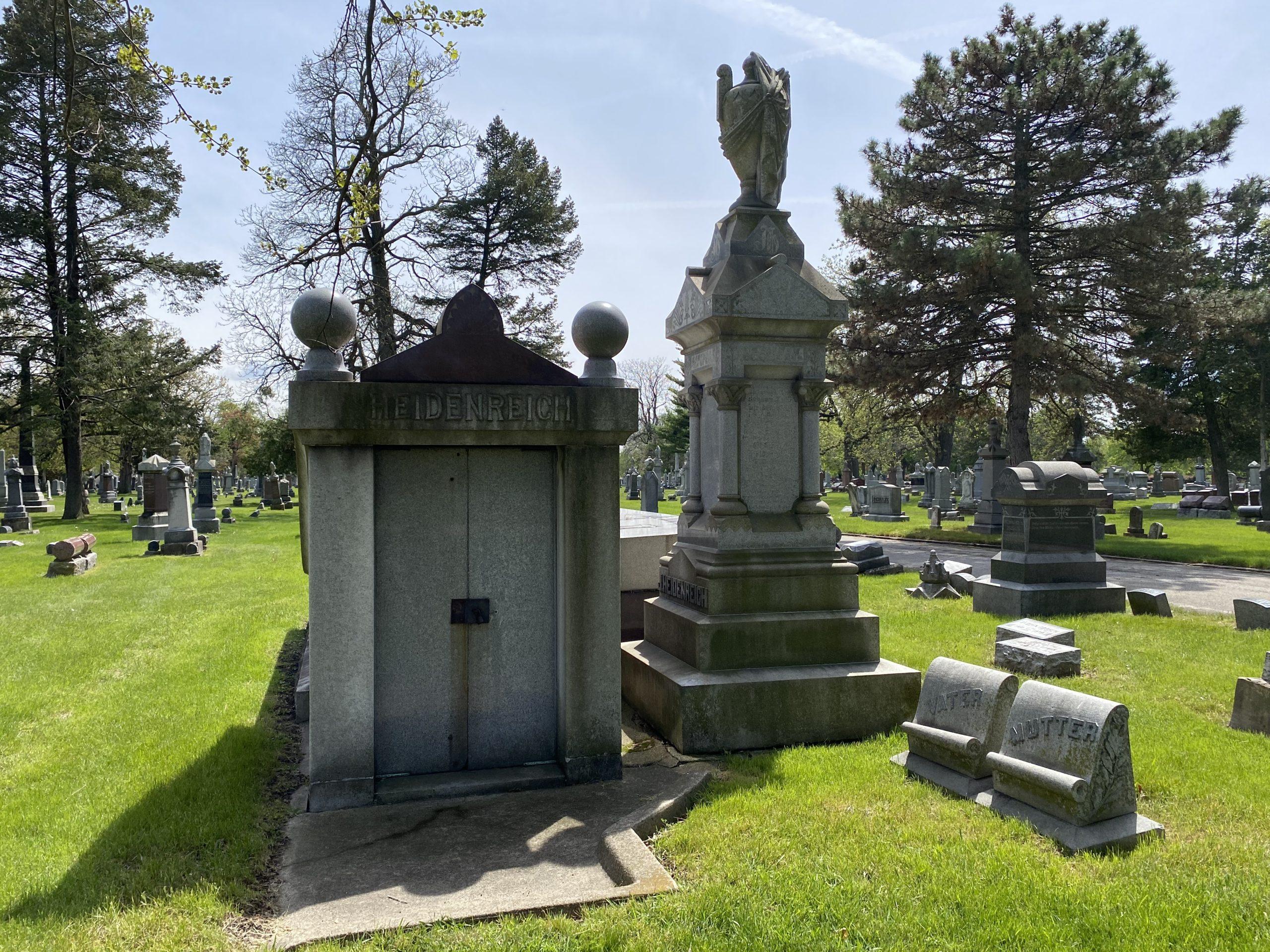 Heidenreich Mausoleum